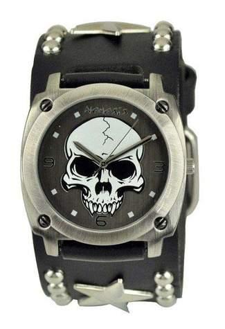 Heavy Duty Skull with Star Watch