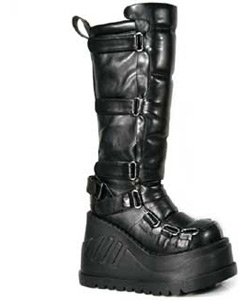 STOMP-306 Black Platform Boots